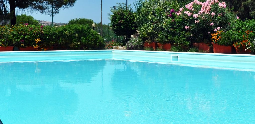 Camping mit schwimmbad in budoni sardinien camping for Camping budoni